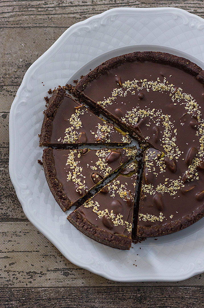 crostata avocado sesamo e cioccolato